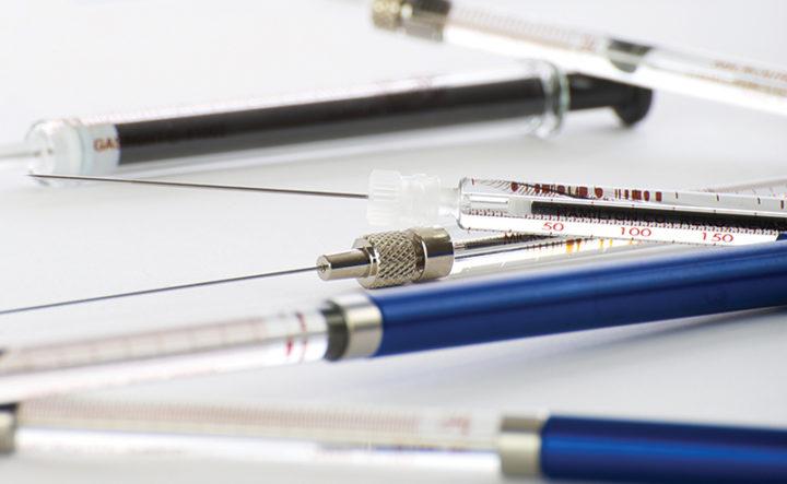 Group-Of-Hamilton-Glass-Syringes